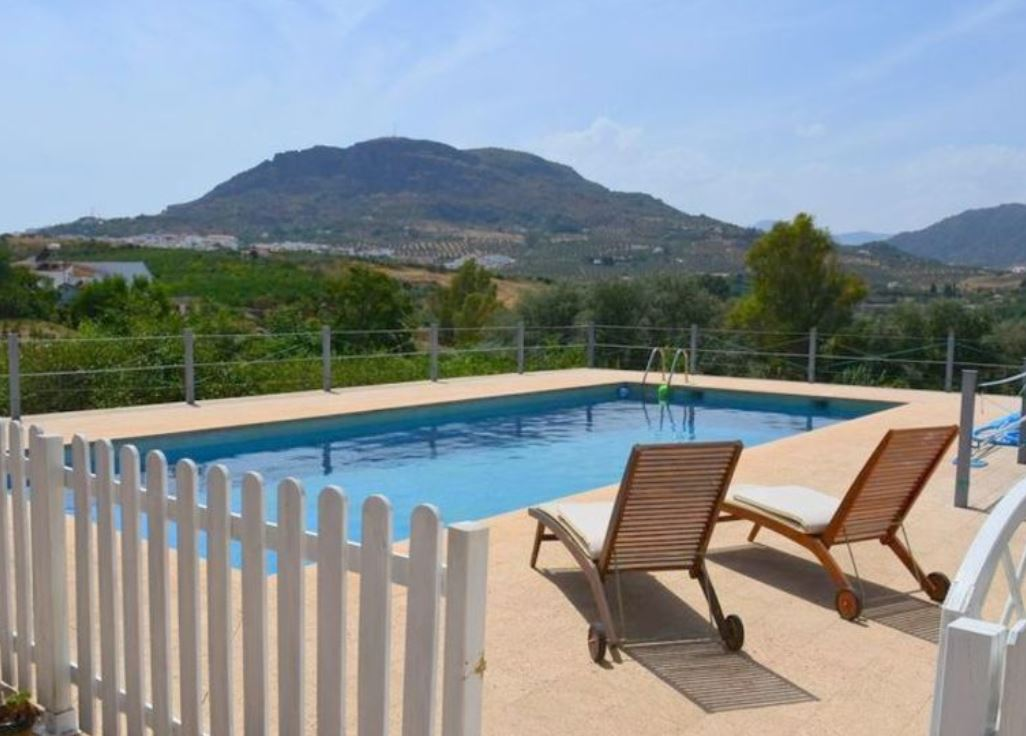 Foreigners can buy beutiful properties in Spain!